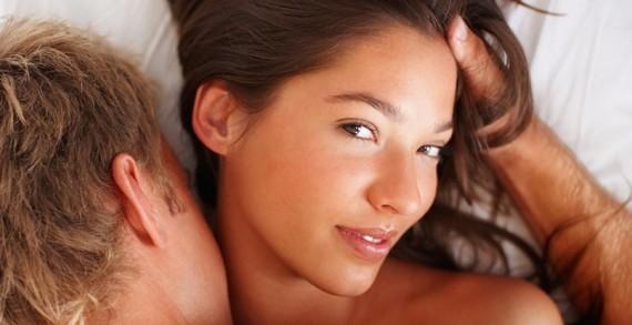 Как жените се преструват във връзките си с мъжете ?