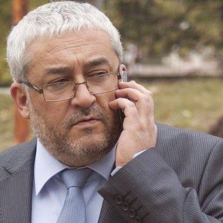 Безплатна правна консултация от адв. Емил Василев