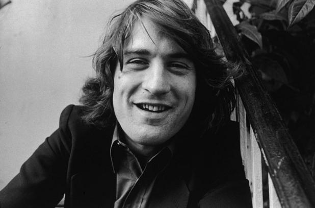 Художествен портрет на актьора с дълга коса, направен през ноември, 1973 година.