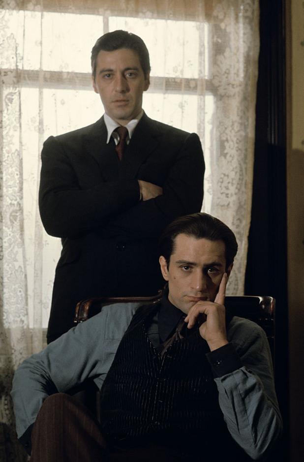 """Ал Пачино и Робърт Де Ниро на снимачната площадка на """"Кръстникът 2""""."""