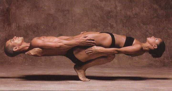 yoga-male-female-balance