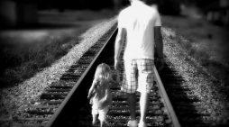 За бащите и техните малки момиченца