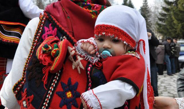 На днешния 8 януари традиционно се празнува Бабинден
