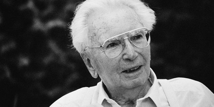 Виктор Франкъл (1905–1997), австрийски психиатър, философ и психолог